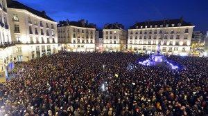 mundo-atentado-terrorista-franca-charles-hebdo-20150107-0022-size-598