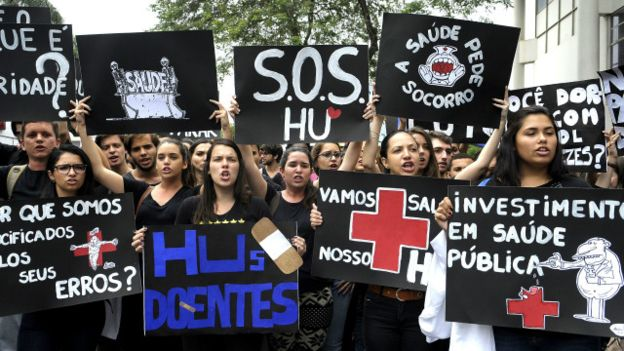 160128160352_rio_hospital_protesto_640x360_taniaregoagbrasil_nocredit